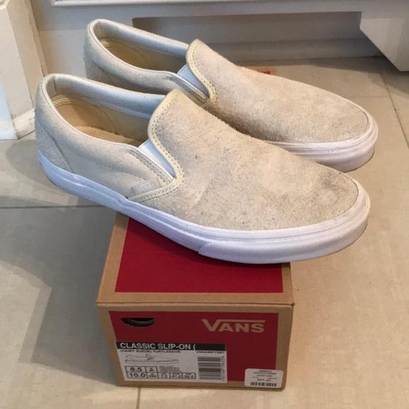b4bdeaaddaa14d Vans hairy suede slipon sneaker. M 5b25582745c8b3572fd64be8